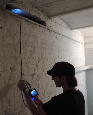 Untersuchung von Hohlräumen auf Fledermausquartiere mittels HD-Endoskop mit Film- und Fotoaufzeichnung